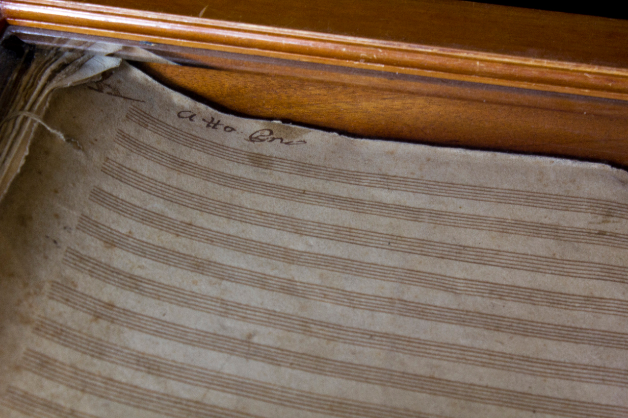 'Atto primo' from the opera 'Matilde di Shabran', autograph by Rossini, conserved in a wooden box, realized on the request of Michotte. FEM-850.